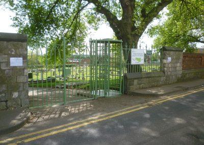 green-dyke-lane-gates