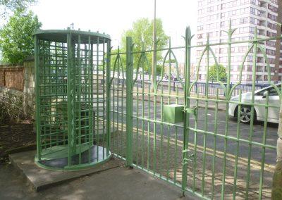 green-dyke-lane-gates-6
