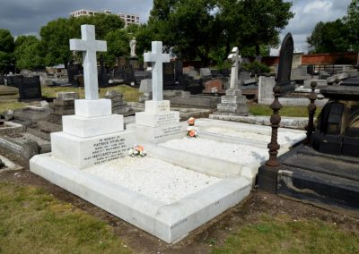 stirling-family-graves-courtesy-of-ken-woods